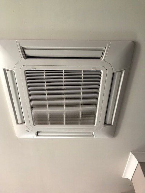 Indoor unit face plate install