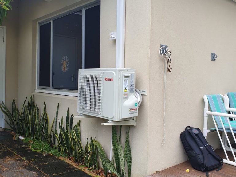 Rinnai reverse cycle split system air conditioner installation